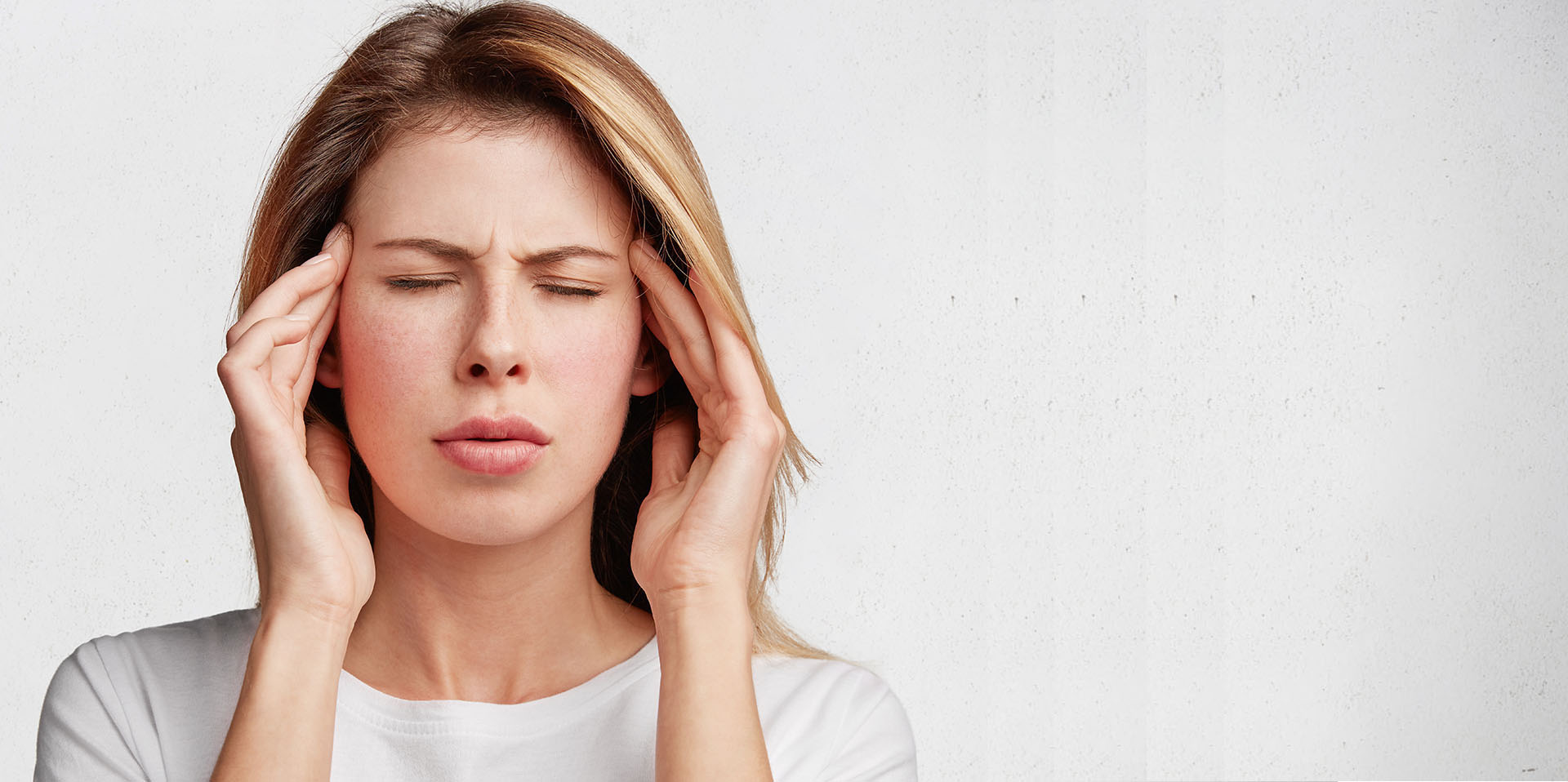 STOP MIGRAINE HEADACHES WITH THIS PAINLESS 15 MINUTE PROCEDURE